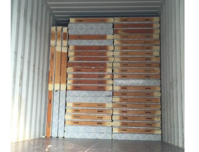木方进口装柜运输
