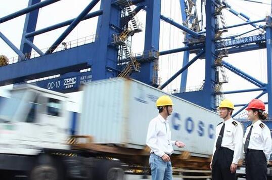 海关通关新政促进货物快速通关