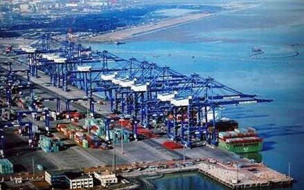 港口建设促进进出口贸易发展