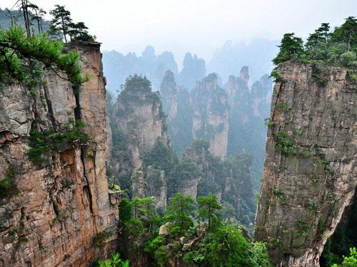 乾坤柱、迷魂谷是张家界最精华的风景