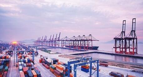 港口建设促进进出口贸易