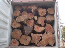 刺猬紫檀木方进口装卸